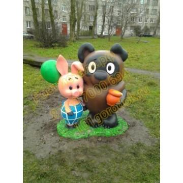 Сказочный персонаж Винни-Пух и Пятачок